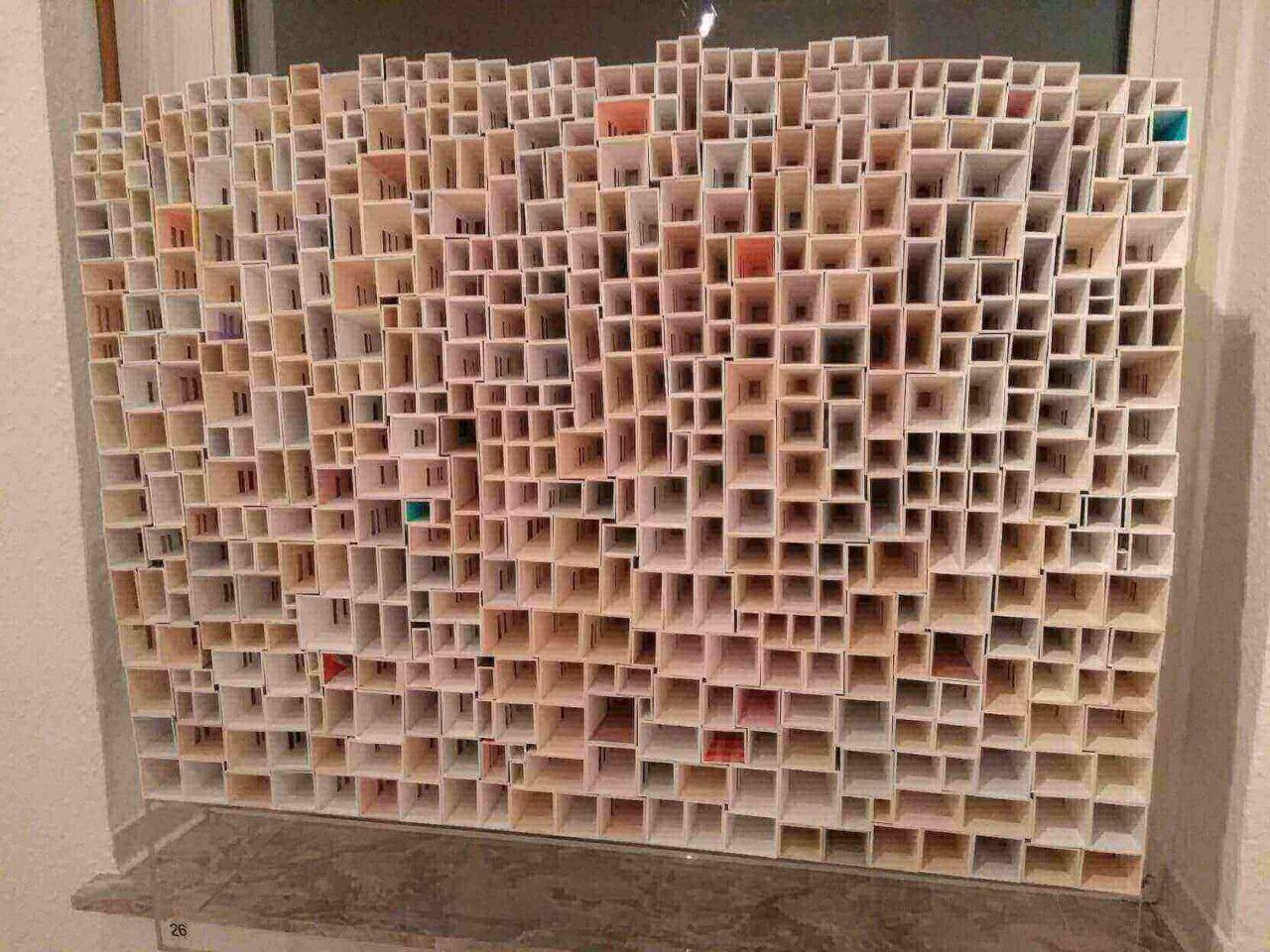 Jae Jin Parks Kunstobjekt Lichtraum (Kokon) in der Kulturmetzgerei für die Ausstellung Kunstpunkte